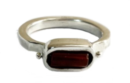 Siver ring with agate corniola