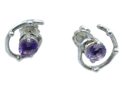 Silver earrings with amethist